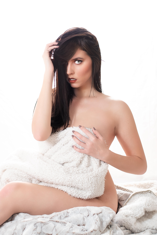 Melodie - Boudoir & Nudes